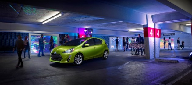 2015 Toyota Prius c IIHS Top Safety Pick