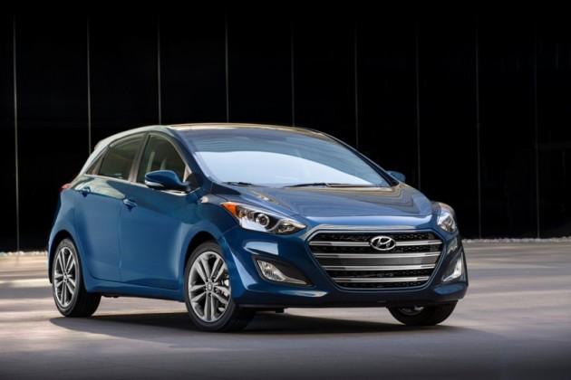 2016 Hyundai Elantra GT Overview blue front