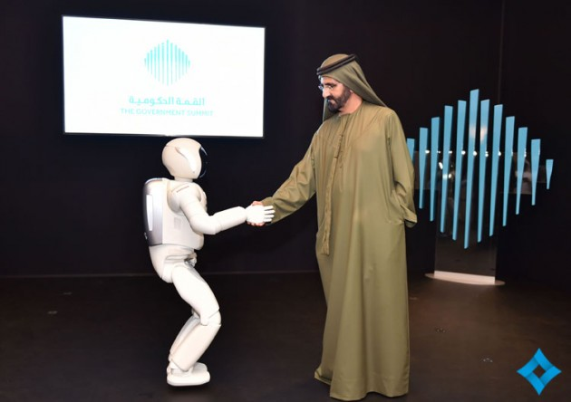 Honda ASIMO shakes hands with His Highness Sheikh Mohammed Bin Rashid Al Maktoum