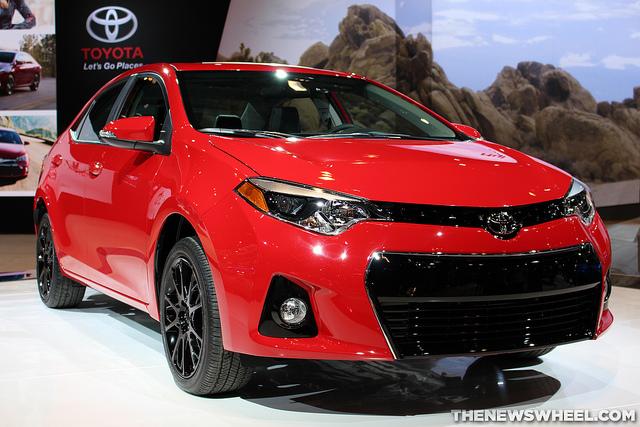 Toyota Corolla Le >> 2016 Toyota Corolla Overview - The News Wheel