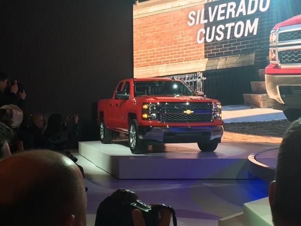 2015 Chevrolet Silverado Custom Revealed