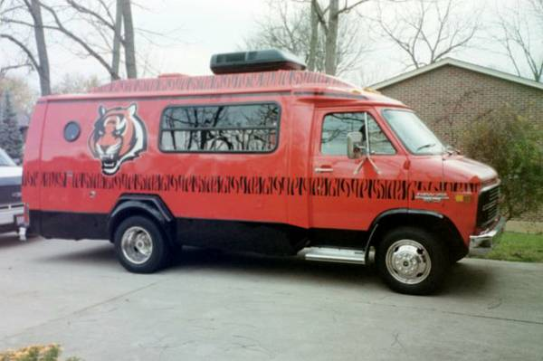 "This Cincinnati Bengals van, or ""Whodey Hotel,"" can be yours for less than 5k"