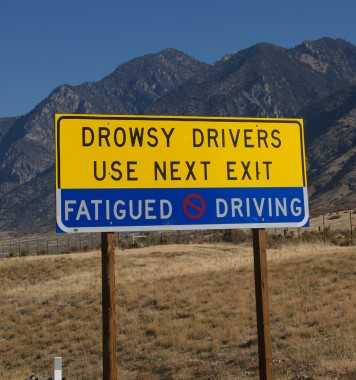 A sign in Utah discouraging drowsy driving