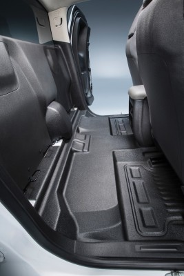 Business owners and fleet managers have a new choice for custom body upfits with the 2015 Chevrolet Colorado box delete package – the only one offered in the midsize truck segment.