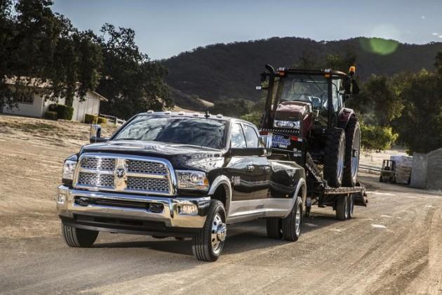 2015 Ram 3500 Heavy Duty Earns The Fast Lane Truck's Gold Hitch Award