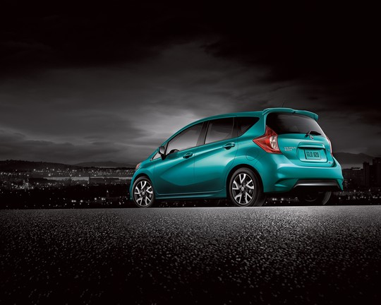 Nissan Versa Note Earns Spot on KBB's 10 Tech-Savviest Cars Under $20,000 List