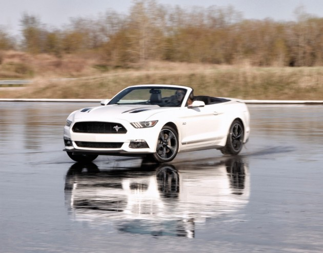 2016 Ford Mustang GT CS Convertible (1)