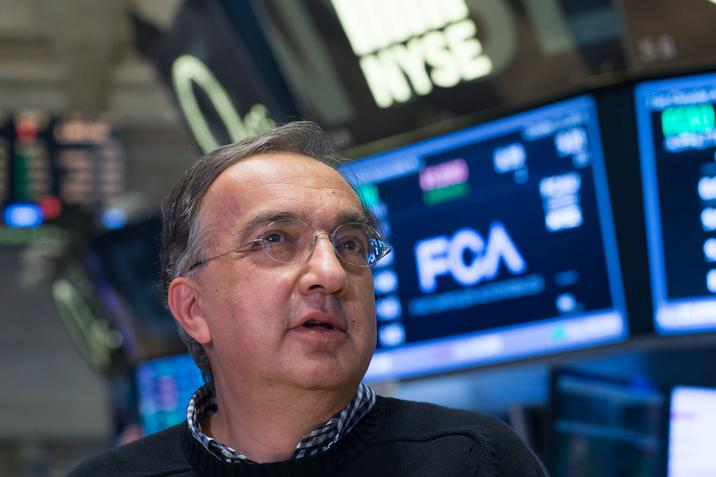 Sergio Marchionne is still trying to persuade Mary Barra to OK a GM and FCA merger