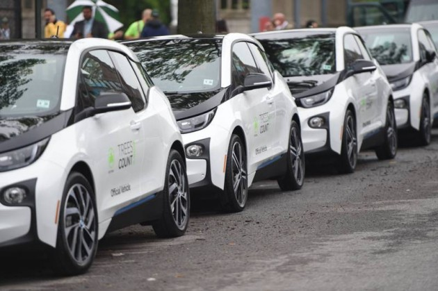 Supporting TreesCount! 20 BMW i3 Electric Cars Donated to New York City Parks side view
