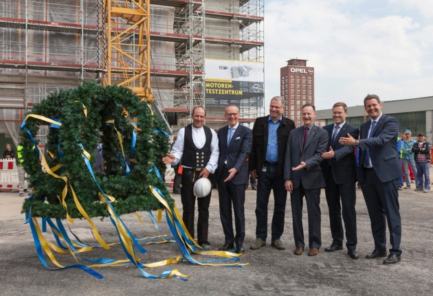 topping-out ceremony in Rüsselsheim