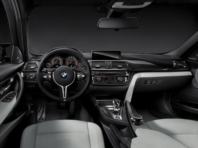 2015 BMW M3 information interior