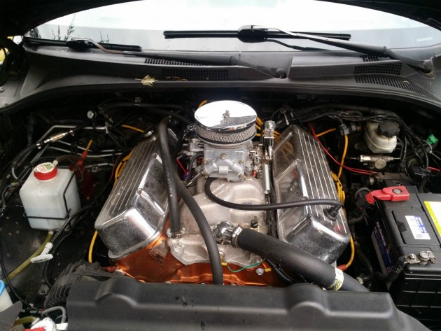 2005 Kia Sorento LX that's been equipped with a 468 cubic inch Chevy Big Block V8