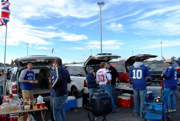 how to properly tailgate - getting a good spot