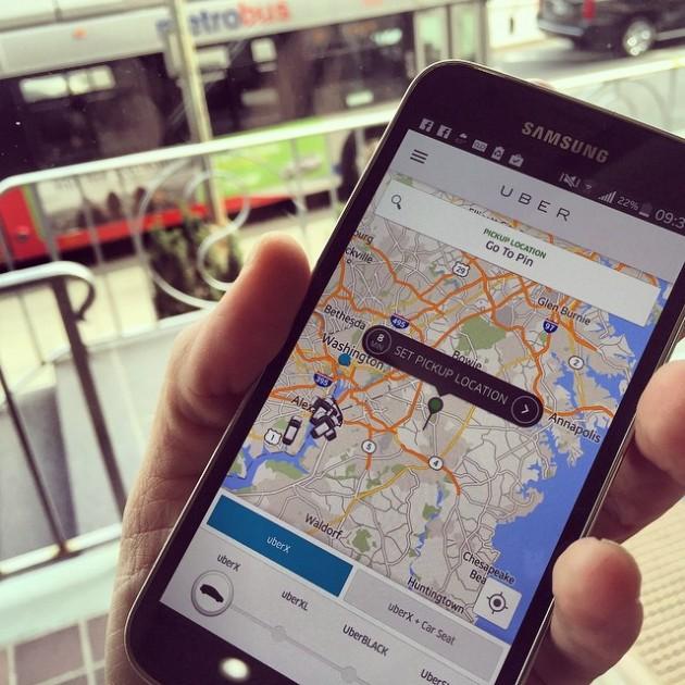 Uber Drivers Delivering Food Orders Via UberEats