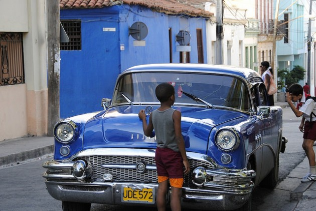 Cuban Cars For Sale >> Why Does Cuba Have So Many Classic Cars? - The News Wheel