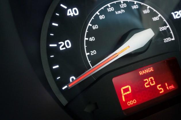 2016 Kia Rio 5-Door Speedometer