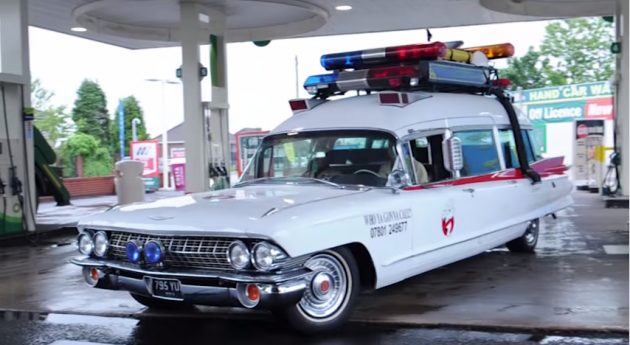 British Fan Builds His Own Ghostbusters Ecto-1 2