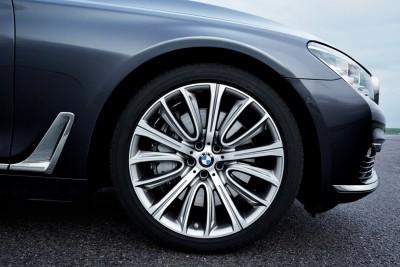 2016 BMW 7 Series Wheel