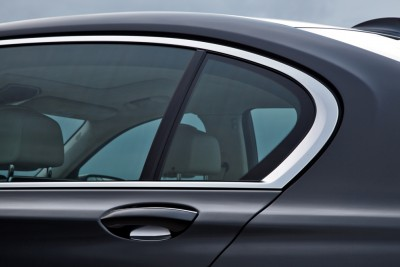 2016 BMW 7 Series Window