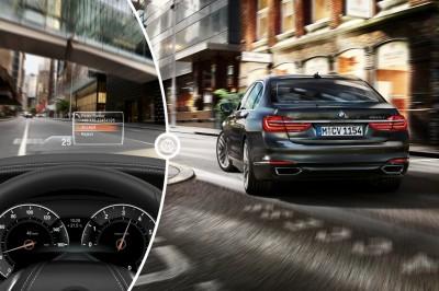 2016 BMW 7 Series Heads Up