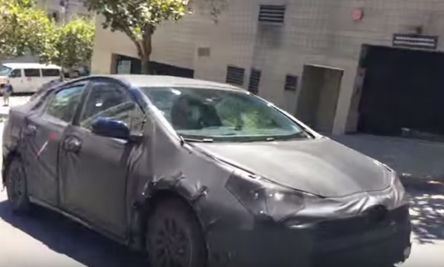 2016 Prius spy shots