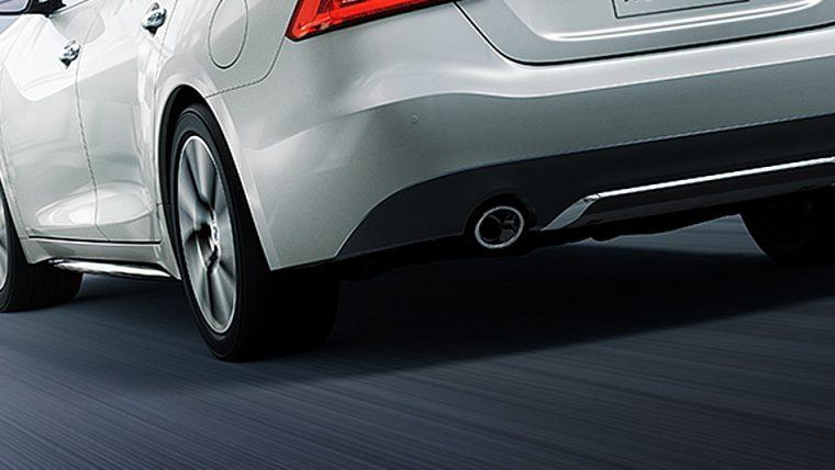2016-nissan-maxima-rear-bumper-diffuser-large