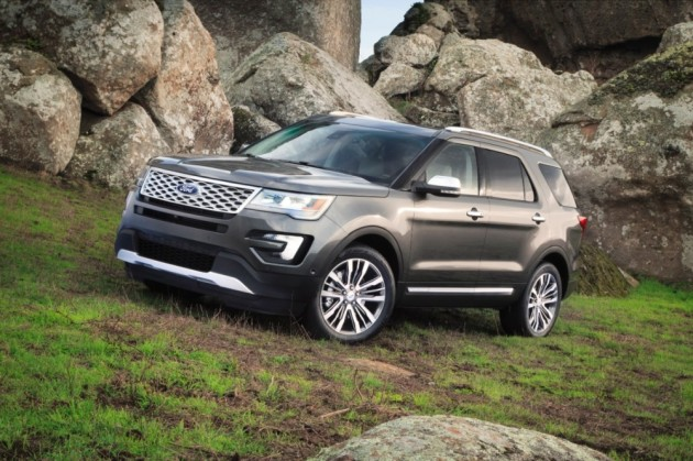 2016 Ford Explorer Platinum Series with EcoBoost