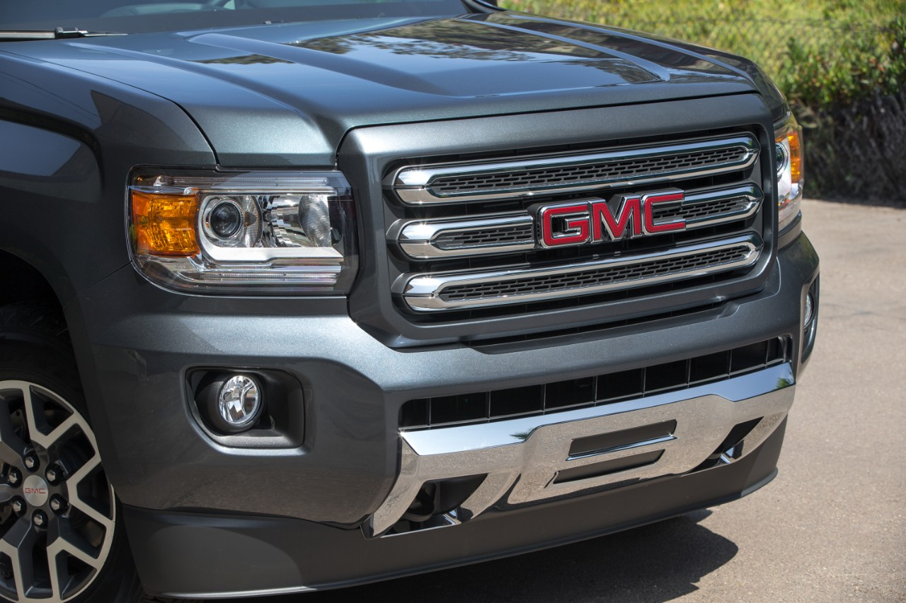 2016 gmc canyon all terrain 9 the news wheel. Black Bedroom Furniture Sets. Home Design Ideas