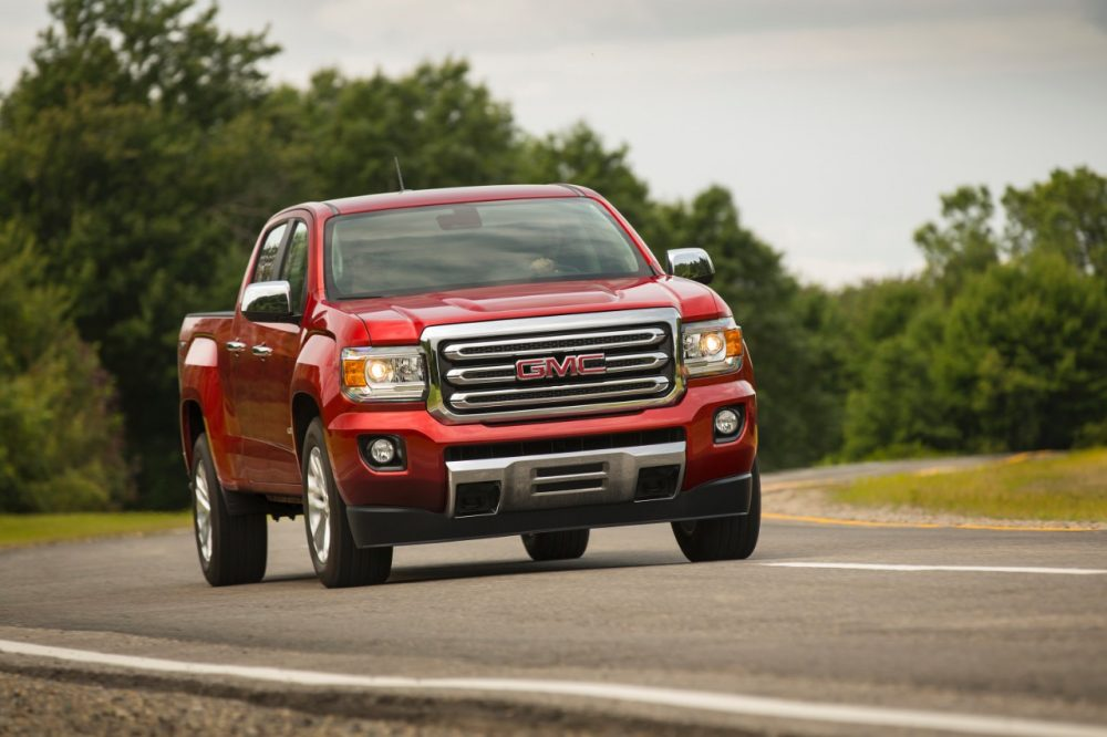 2016 GMC Canyon SLT in red