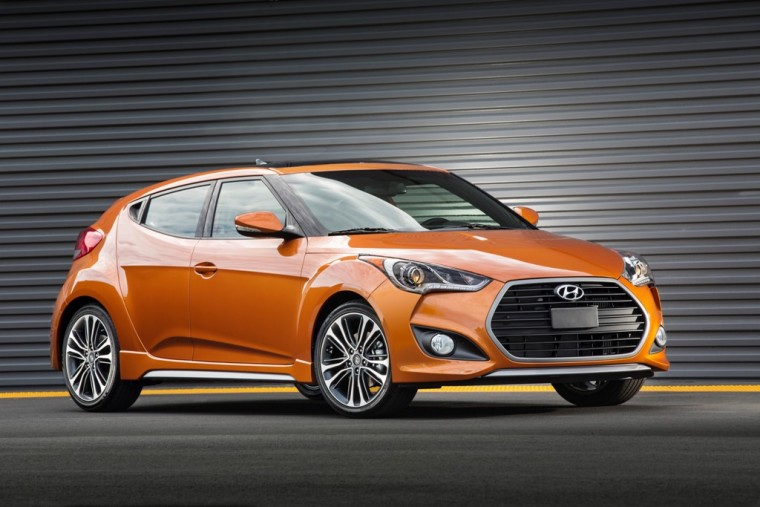 2016 Hyundai Veloster Turbo Orange front