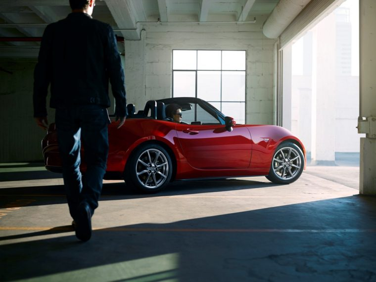 2016 Mazda MX-5 Garage Shot