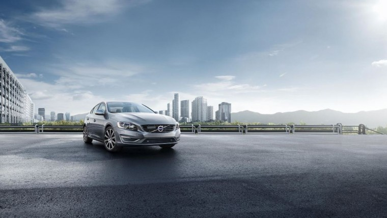 The 2016 Volvo S60 comes with Volvo's advanced safety features