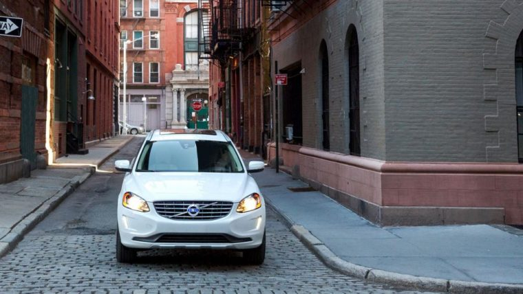 Variable intermittent rain sensing wipers are available for the 2016 Volvo XC60