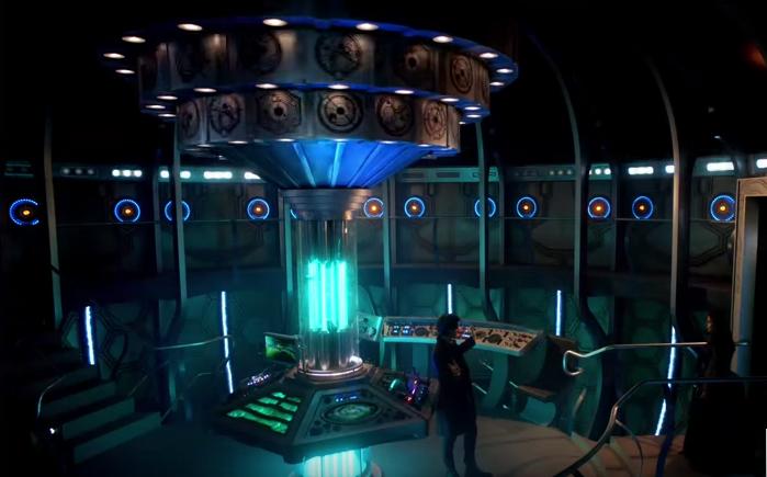 TARDIS Doctor Who Matt Smith 11