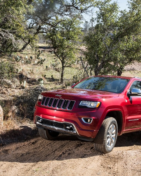 2015 jeep grand cherokee named top selling full size suv the news wheel. Black Bedroom Furniture Sets. Home Design Ideas