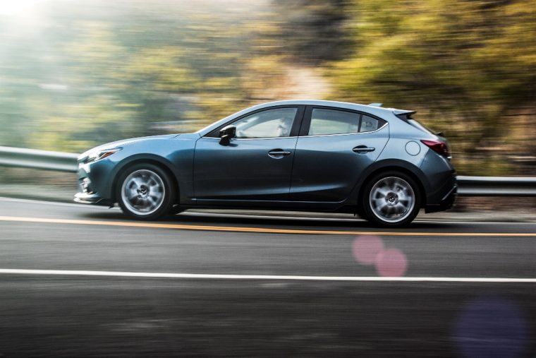 2015 Mazda 3 hatchback profile
