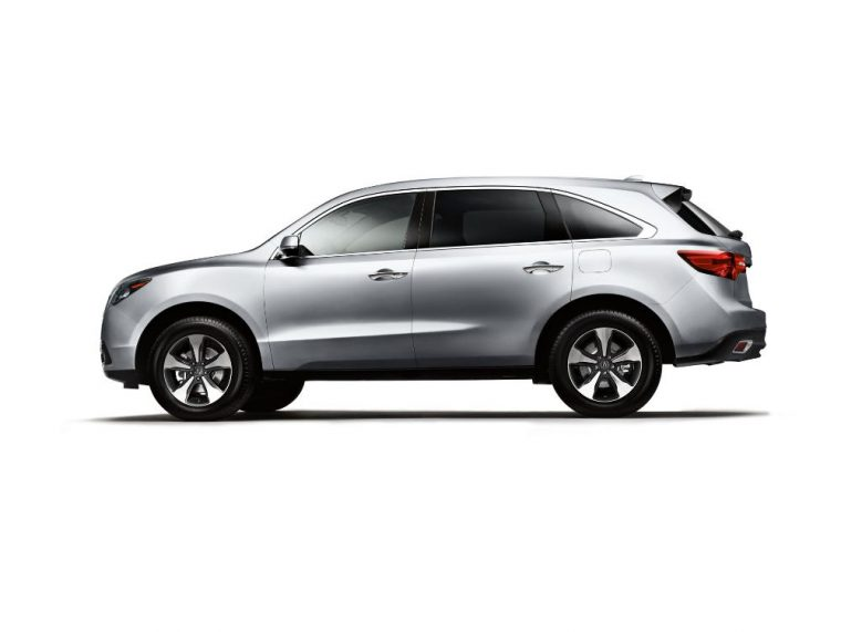 The 2016 Acura MDX comes with Acura Premium Audio with six-speaker system