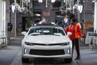 2016 Chevy Camaro rolls off assembly line