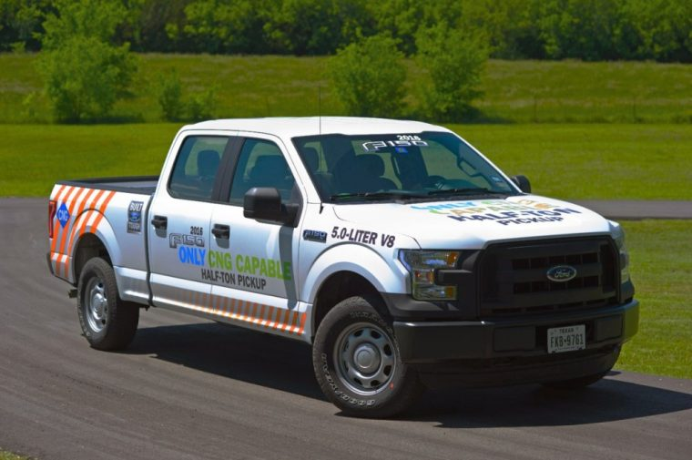 The base 2016 Ford F-150 comes available as a Regular Cab, SuperCab, or SuperCrew.