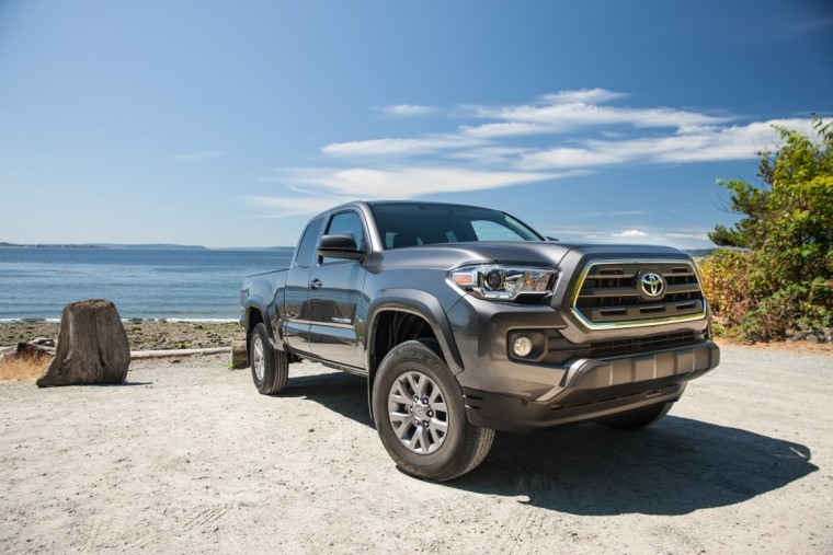 2016 Toyota Tacoma efficiency