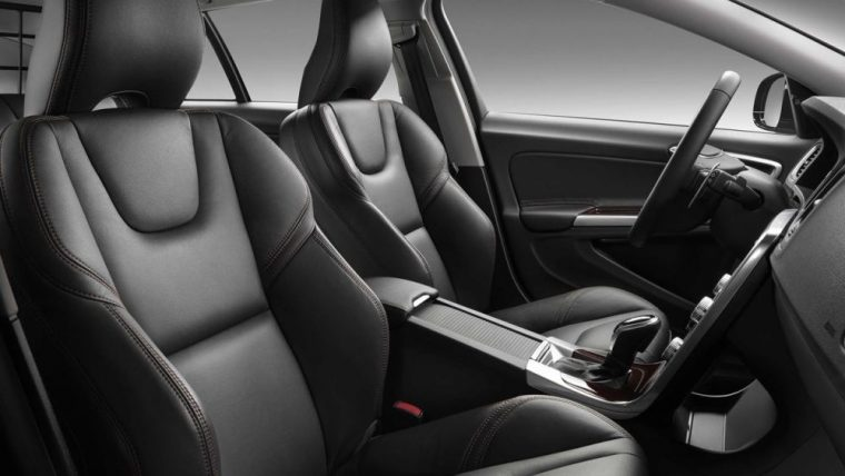 The interior of the 2016 Volvo V60 Cross Country features leather seating