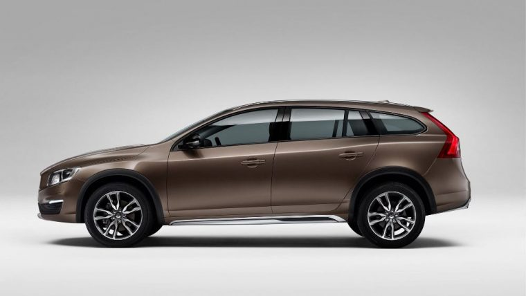 The 2016 Volvo V60 Cross Country is equipped with a 2.5-liter turbocharged five-cylinder engine