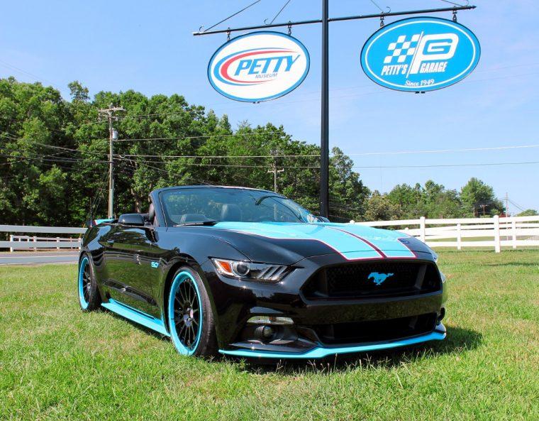 Petty S Garage 2016 Mustang Gt King Premier Convertible