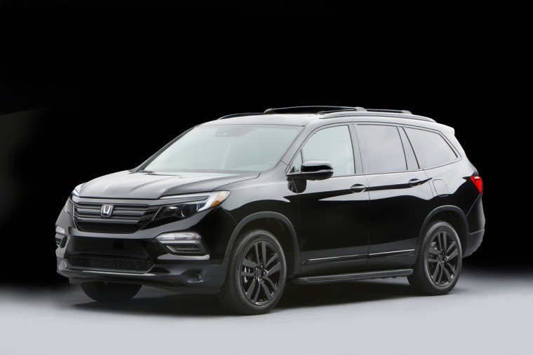 "2016 Honda Pilot ""Black Edition"" with Genuine Honda Accessories concept parts."