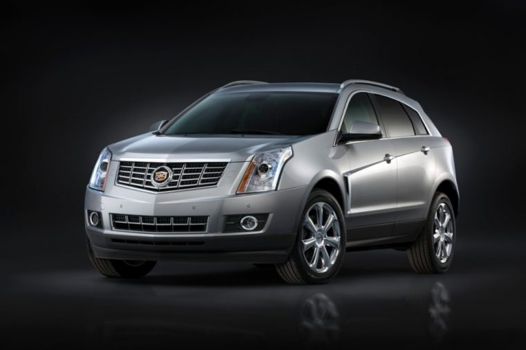 The 2016 Cadillac SRX comes standard with 18-inch 7-spoke aluminum wheels with painted finish
