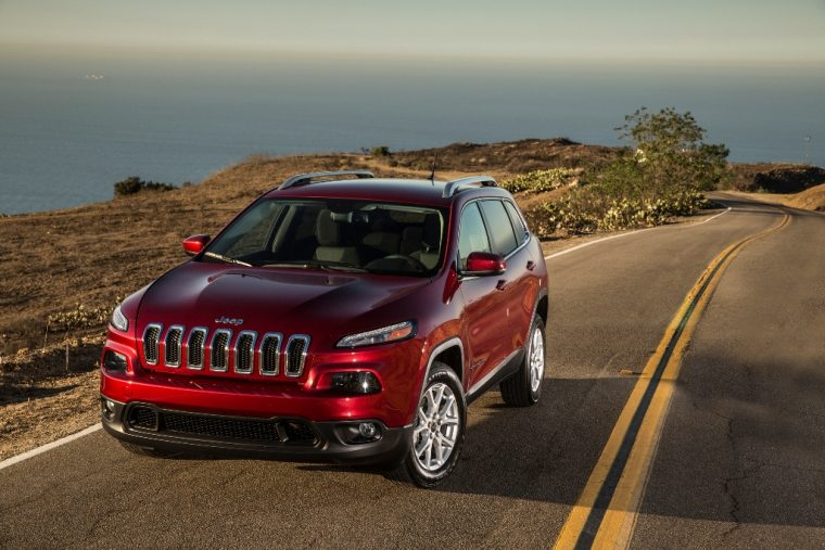2016 Jeep Cherokee Front View