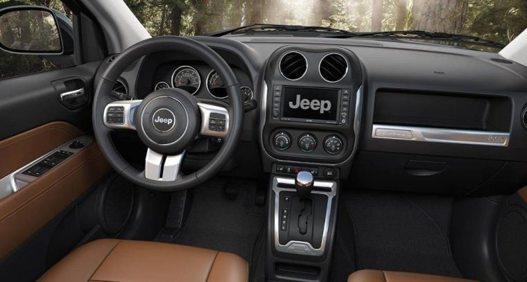 2016 Jeep Compass Dashboard Design