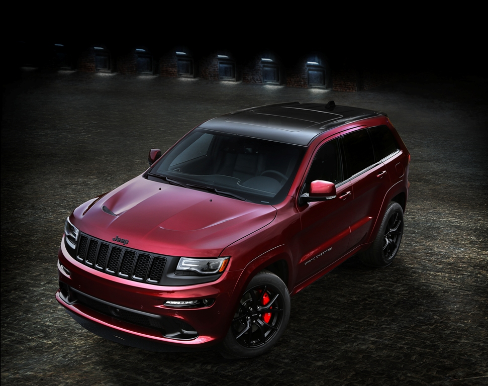 2016 jeep grand cherokee srt night debuts at la auto show the news wheel. Black Bedroom Furniture Sets. Home Design Ideas