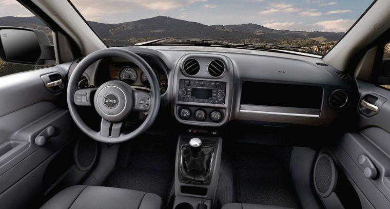 2016 Jeep Patriot Dashboard