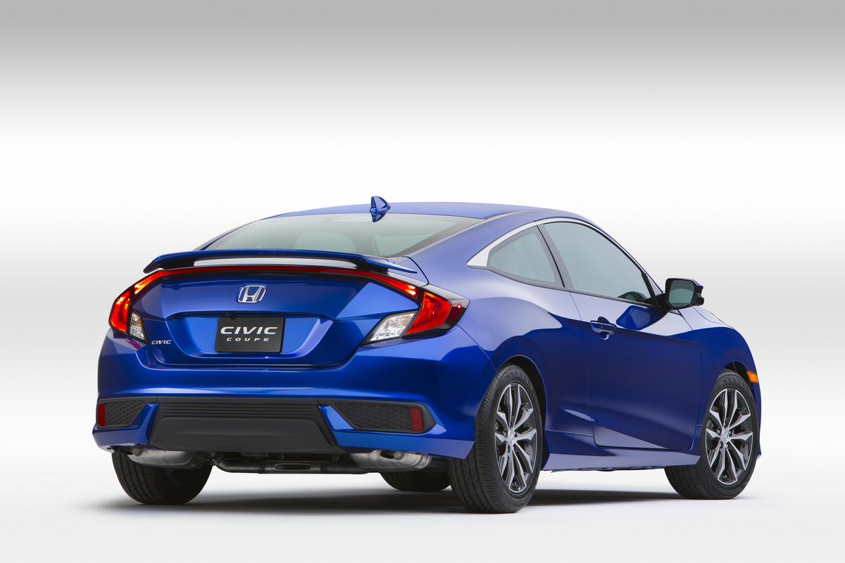 2016 honda civic coupe debuts at la auto show the news wheel - 2016 honda civic si coupe interior ...